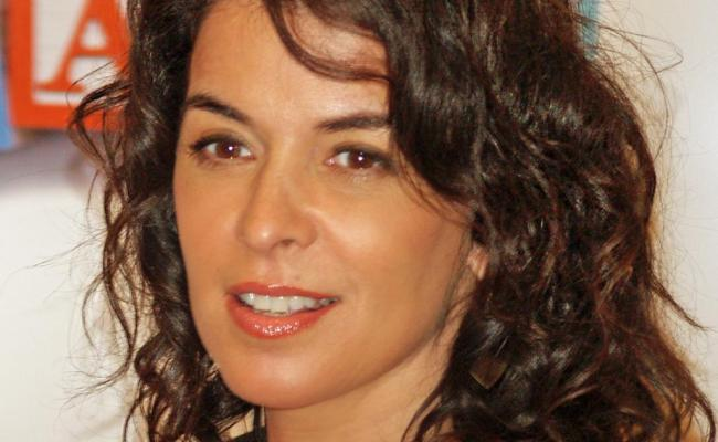 Annabella Sciorra Net Worth 2020 Height Age Bio And Facts