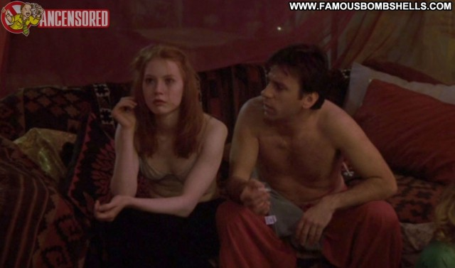 Alicia Witt Playing Mona Lisa Redhead Small Tits Hot Celebrity