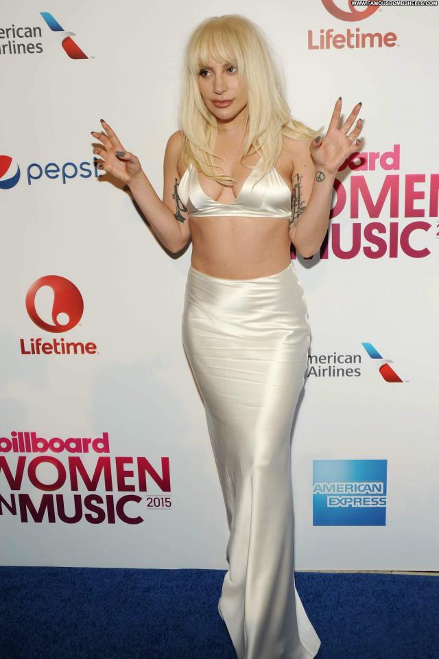 Lady Gaga Cleavage American Beautiful Celebrity Singer Posing Hot