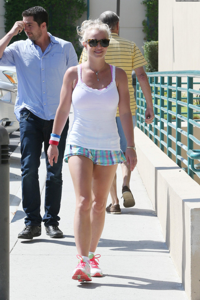 Britney Spears American Posing Hot Beautiful Celebrity Babe Paparazzi