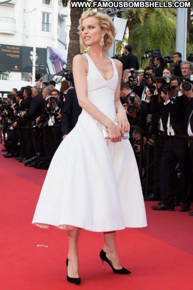 Eva Herzigova Cannes Film Festival Babe Posing Hot Paparazzi
