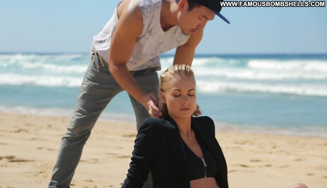 Yvonne Strahovski Gq Behind The Scenes Small Tits Blonde Stunning