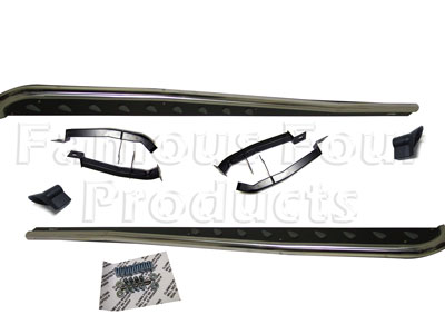 De-Luxe Sculpted Side Steps (FF005913) for Land Rover