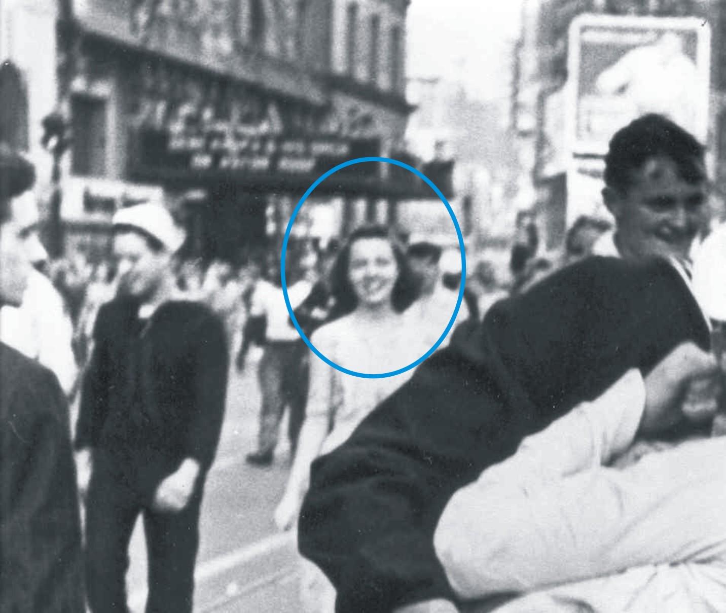 VJday Times Square Kiss