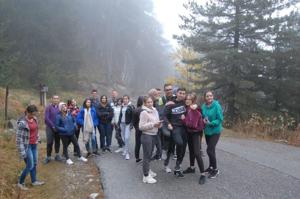 Разходка на ученици от Немска гимназия Бургас в дните на семинар за кариерно ориентиране в гр. Банско 2019 г.