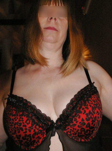 Martine, femme mariée de 49 ans à la recherche d'un amant