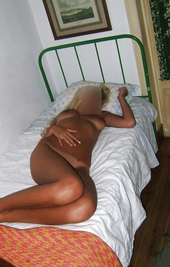 Mature blonde pulpeuse pour amant sur Alençon…