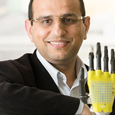 Solar powered artificial skin gives prosthetics a sense of touch