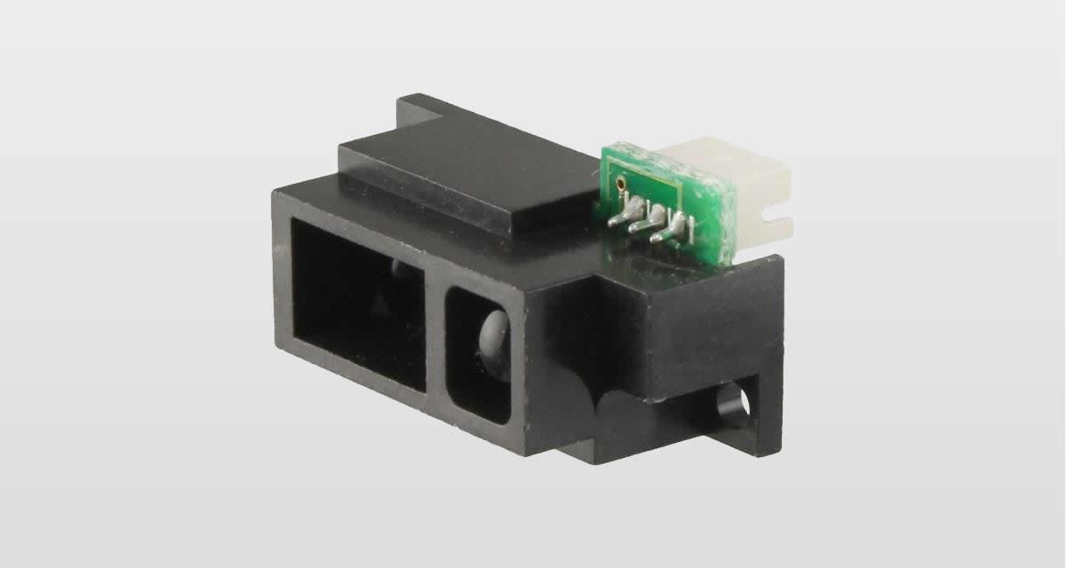 Sharp GP2Y0A51SK0F Sensore di distanza a infrarossi.