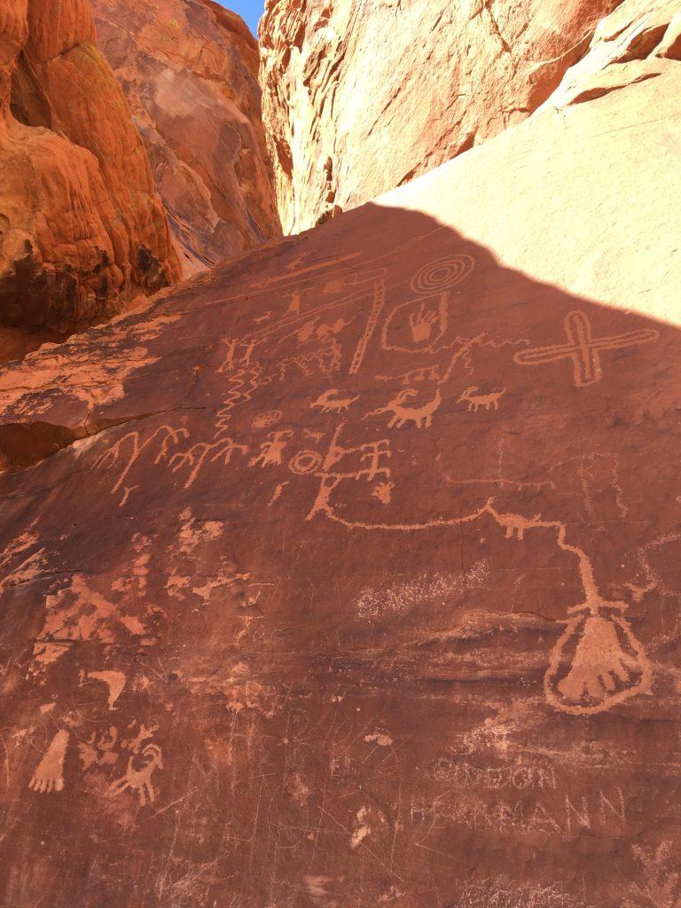 Petroglyphs Valley of fire