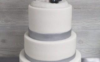 Wedding Cakes | Fancy That Cake custom wedding cakes