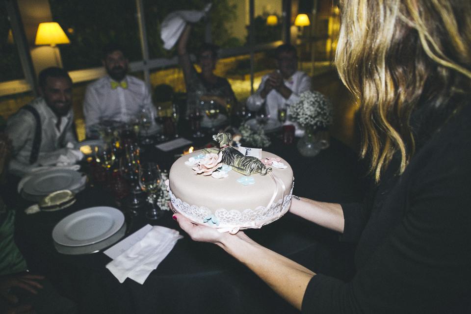56 detalle de tarta con mascota