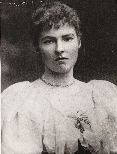 gertrude-bell-young-portrait