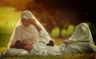 pasangan muslim romantis