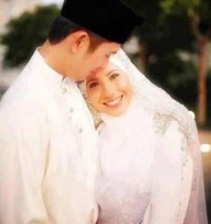 pasangan nikah islami