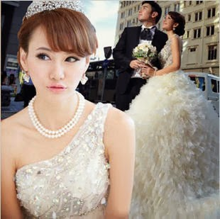 Gaun pengantin cantik