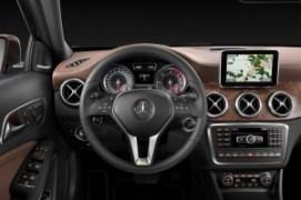 2015-mercedes-benz-gla-class-dash