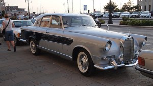 Mercedes-Benz 300c Berlina designed by Ghia 21
