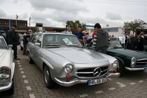 Mercedes-Benz W123 190SLT 7