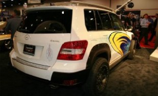 Mercedes-Benz_GLK_Rock_Crawler_by_Legendary_Motor_Company 10