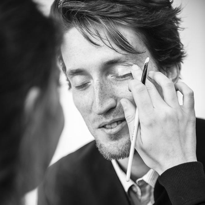 maquillage homme pour photo d'entreprises