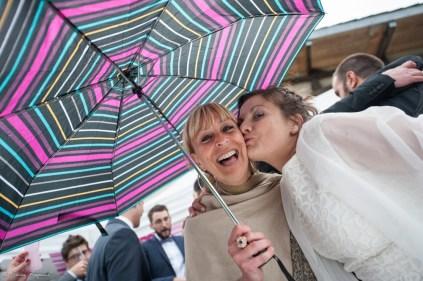 portraits-sous-parapluie-mariage
