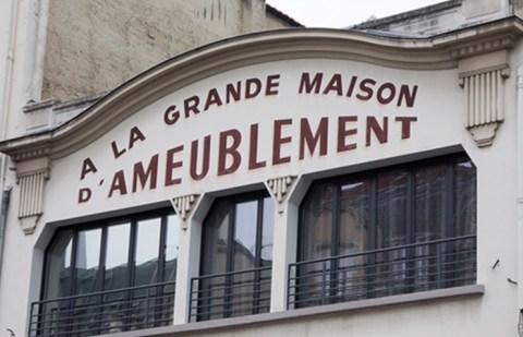 Lettres peintes à Reims