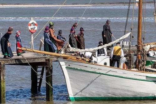 Fanniker an einem Boot