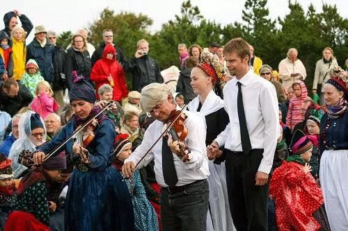 Musik und Tanz beim Sønderhodag