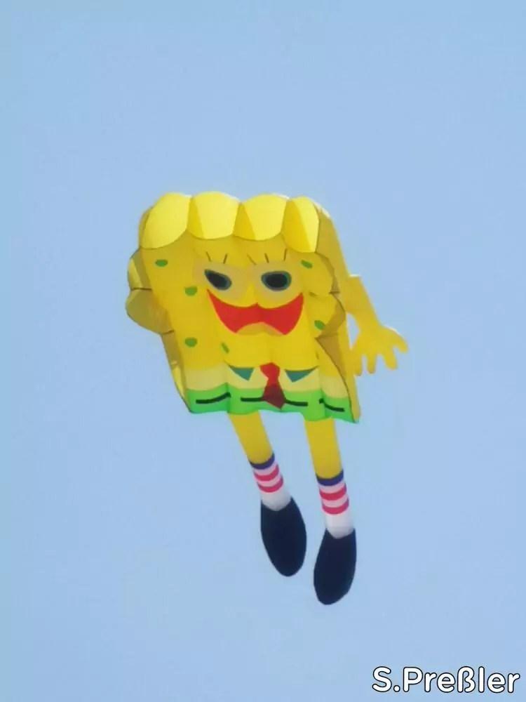 Spongebob Drache beim Fanø Drachenfest