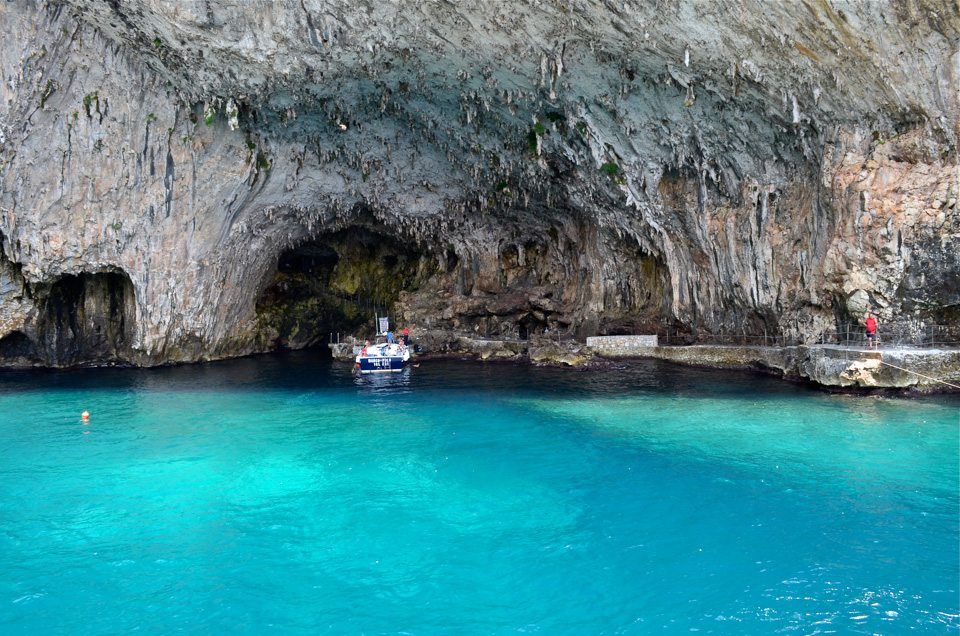Grotta Zinzulusa grazioso angolo Pugliese tutto da