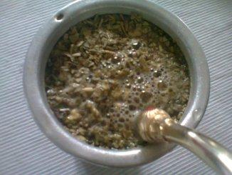 Los peligros de reutilizar la yerba mate