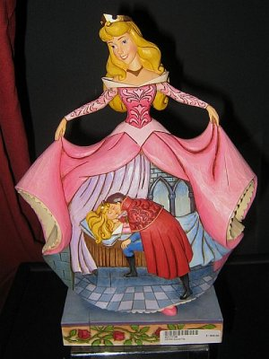 True loves kiss Sleeping Beauty figure Jim Shore from