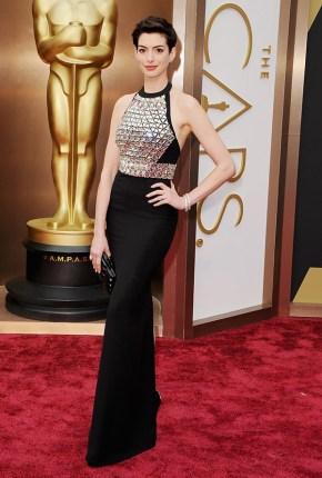 Anne Hathaway @ Oscars 2014