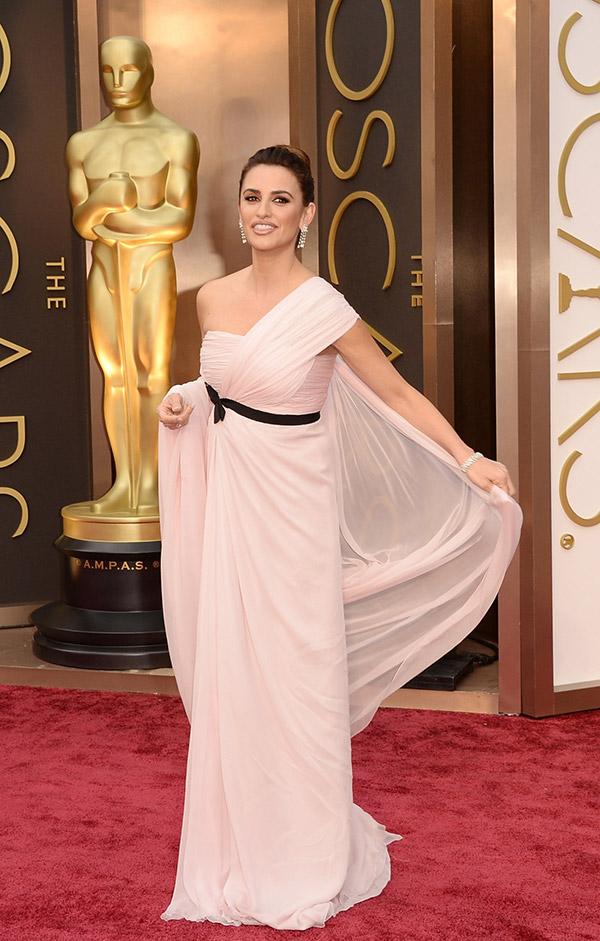 Penelope Cruz @ Oscars 2014