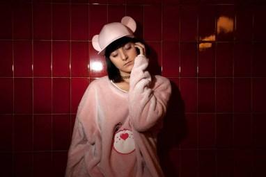 """Jersey y gorra colaboración de Franceso Ballestrazzi con Krizia Robustella para la colección """"Sicky Sweet Bears"""""""