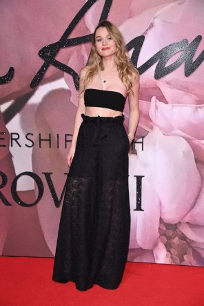 Inmy Waterhouse @ Fashion Awards 2016