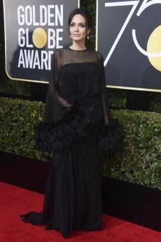 Angelina Jolie (Versace)