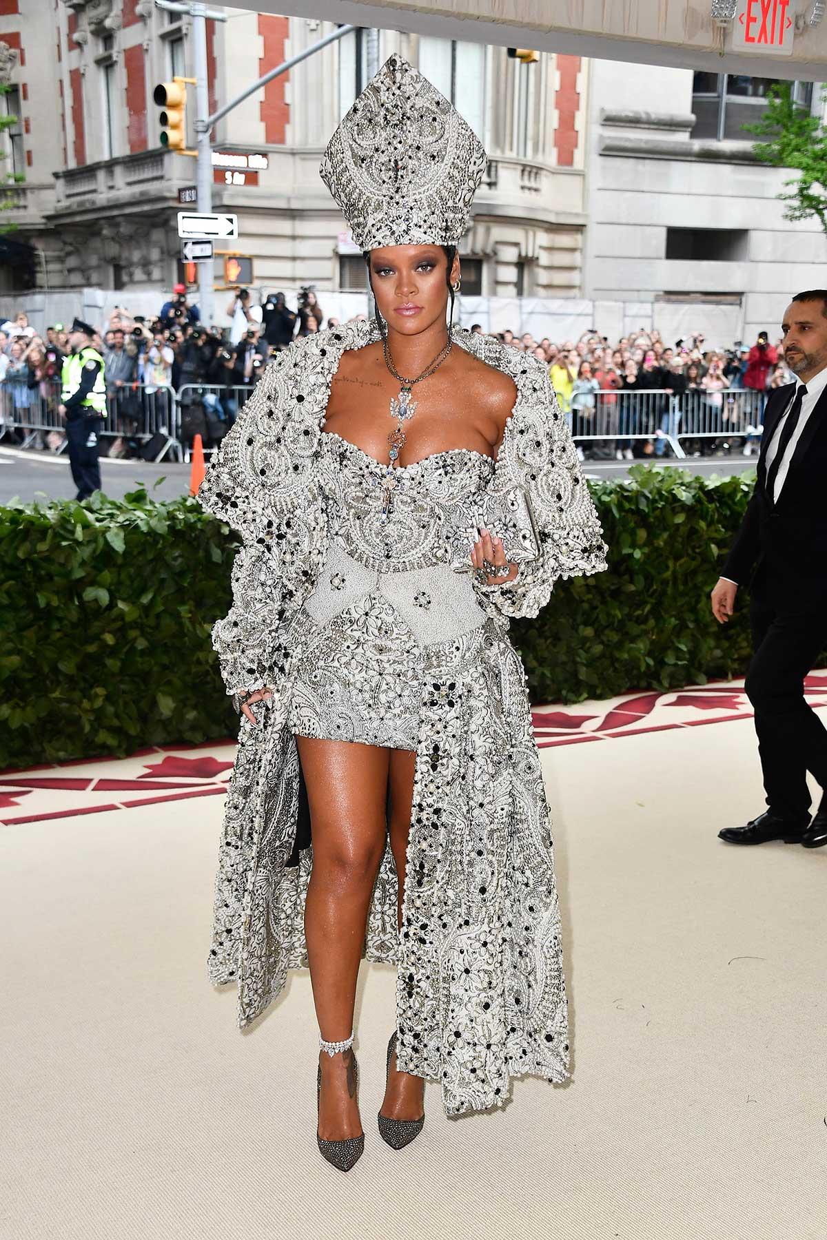 Rihanna (Maison Margiela)
