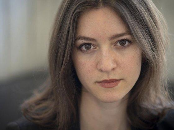 """Julia Ebner y """"La Vida Secreta de los Extremistas"""""""