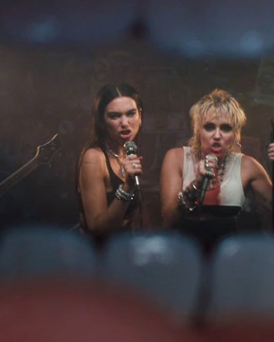 Miley Cyrus y Dua Lipa