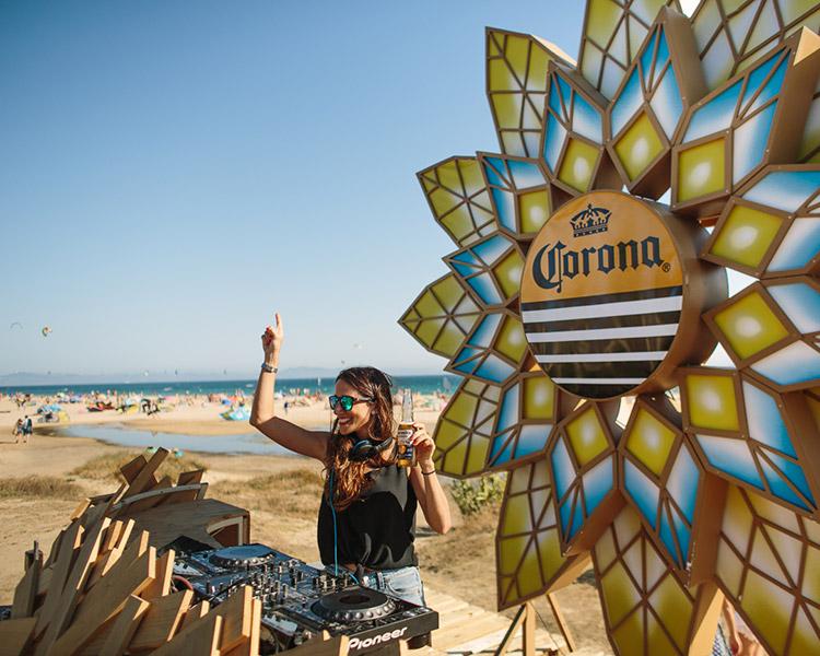 corona-sunsets-sessions