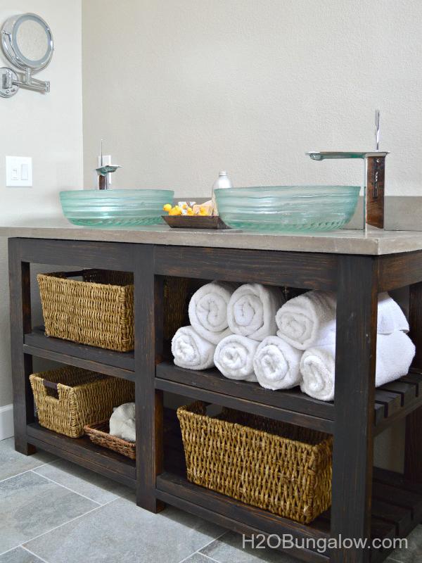 Recycle Old Stuff To Make Small DIY Bathroom Vanities That