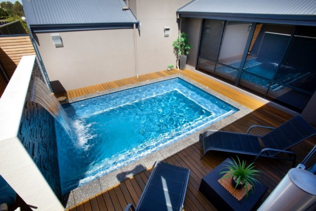 tumbona al aire libre contemporánea, más cuadrada hazaña mesa auxiliar fresco pequeña piscina con cascada 634x423 10+ Ideas para maravillosas piscinas Mini la natación en su patio trasero