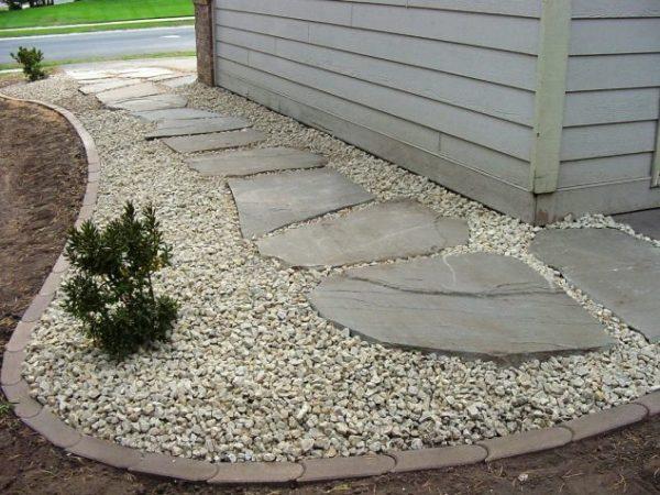 attractive garden edging ideas
