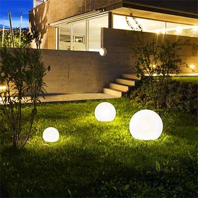 Outdoor Lighting Features