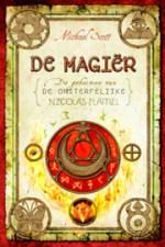 De Geheimen van de Onsterfelijke Nicolas Flamel 2: De Magier Boek omslag