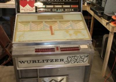 1963 Wurlitzer Jukebox 2710