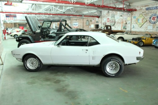 1968 Pontiac Firebird (White)