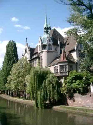 Straatsburg Hoofdstad van de Elzas  FANtvnl